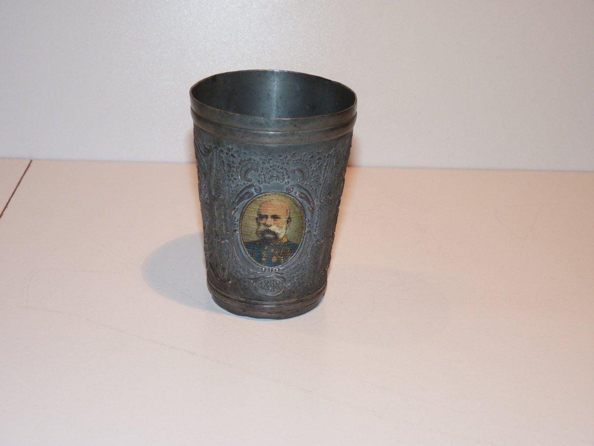 Cínový pohárek s portréty Franz Josefa