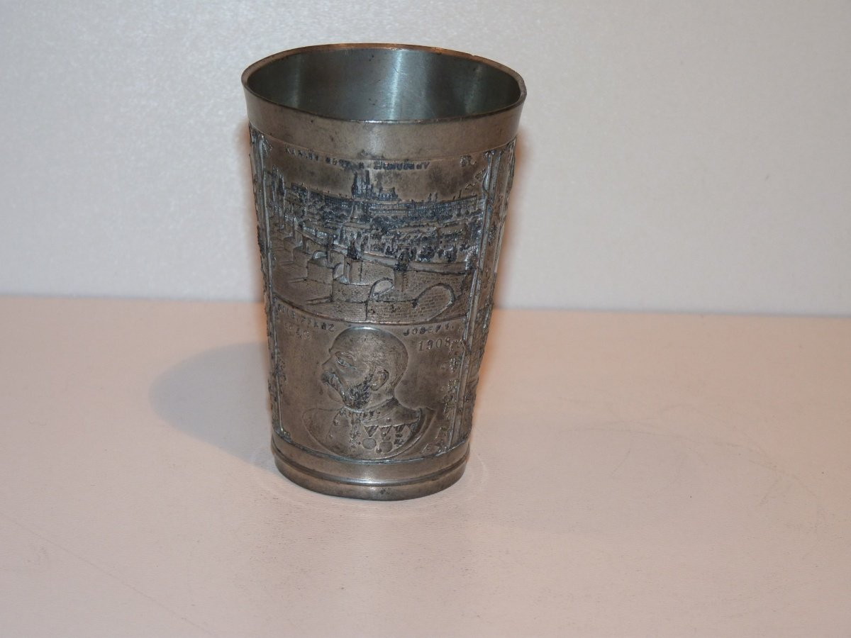 Tinny cup with portrait of Franz Joseph and pictures from Prague