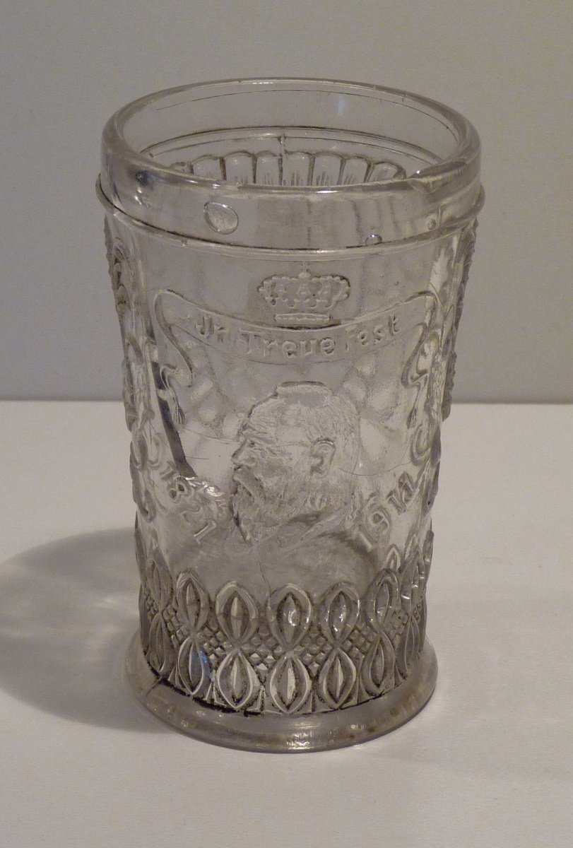 Glass with portrait of prinz Luitpold / regent fon Bayern