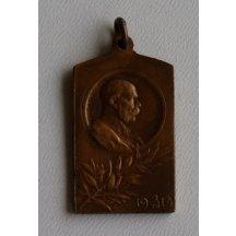 Závěsný odznak s císařem Františkem Josefem