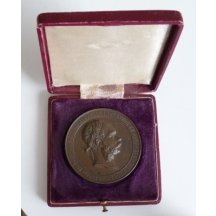Bronzová medaile s portrétem císaře Františka Josefa v originální krabičce