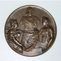 Hold Franz Josefovi a pohled na Vídeň