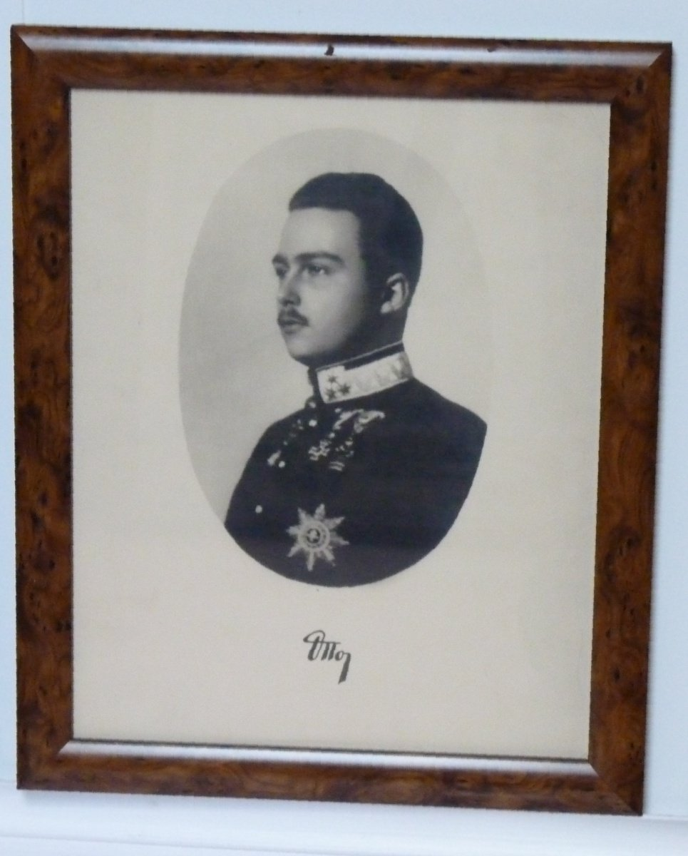 Son of emperor and king Carl I. , archduke Dr. Otto Habsburg - Lothringen
