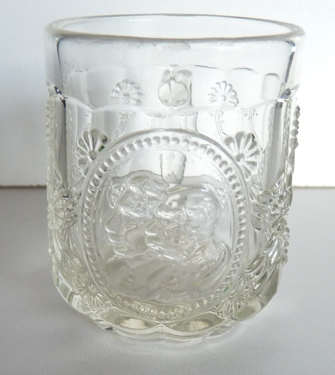 Clear glass mug ( glass ) with portraits of emperor Franz Joseph and Willhelm