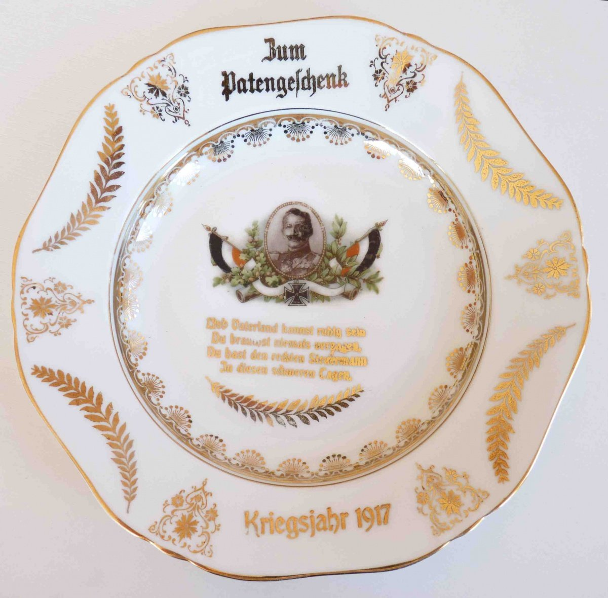 1917 - Decorated plate with portrait of Wilhelm