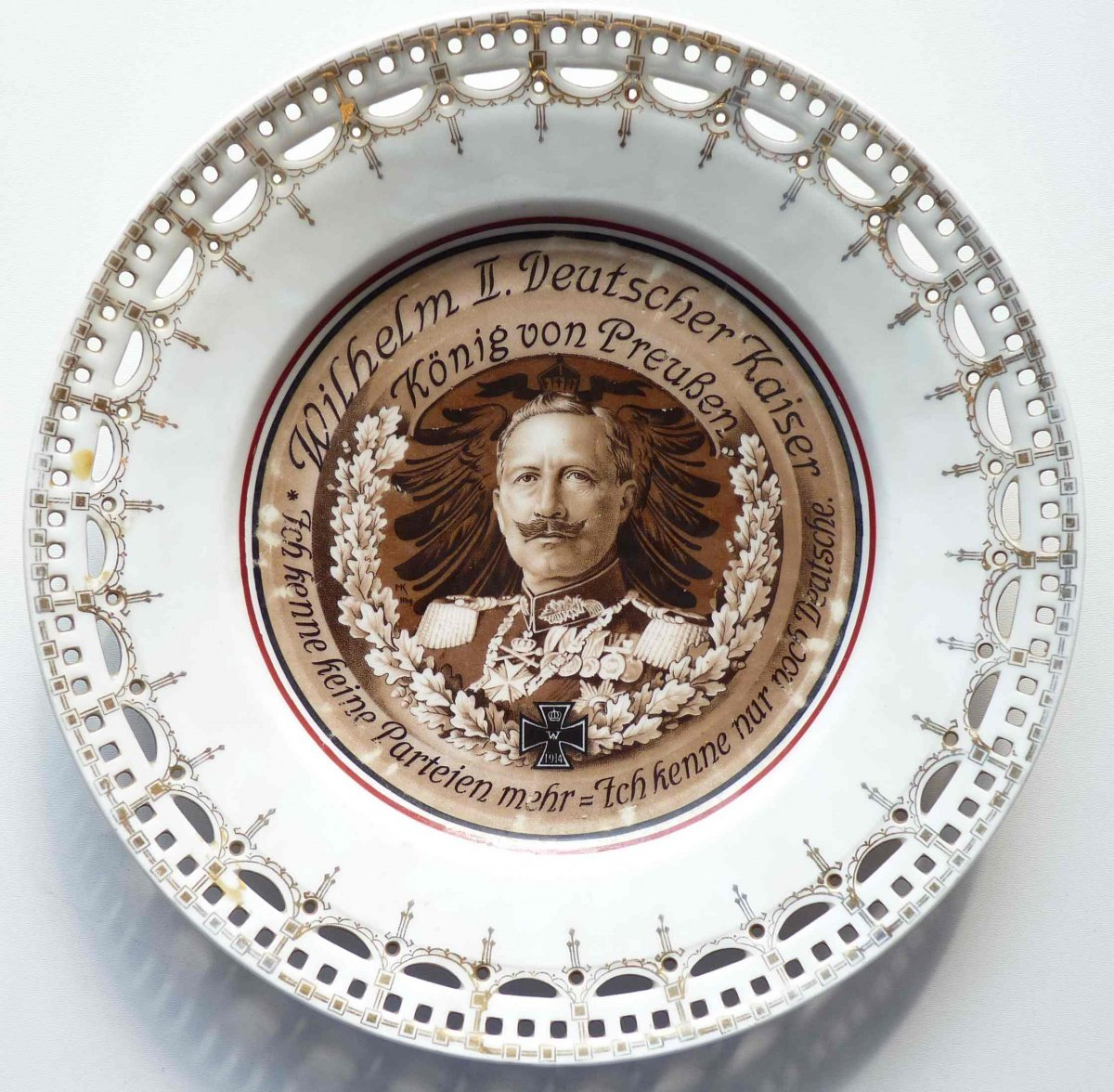 Plate - Kaiser Wilhelm, state of emergency