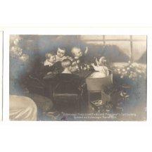 Franz Josef, Ferdinand Max, Josef a Carl Ludwig si hrají s Marií (1834)