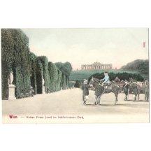 Císař Franz Josef I. v Schönbrunském parku