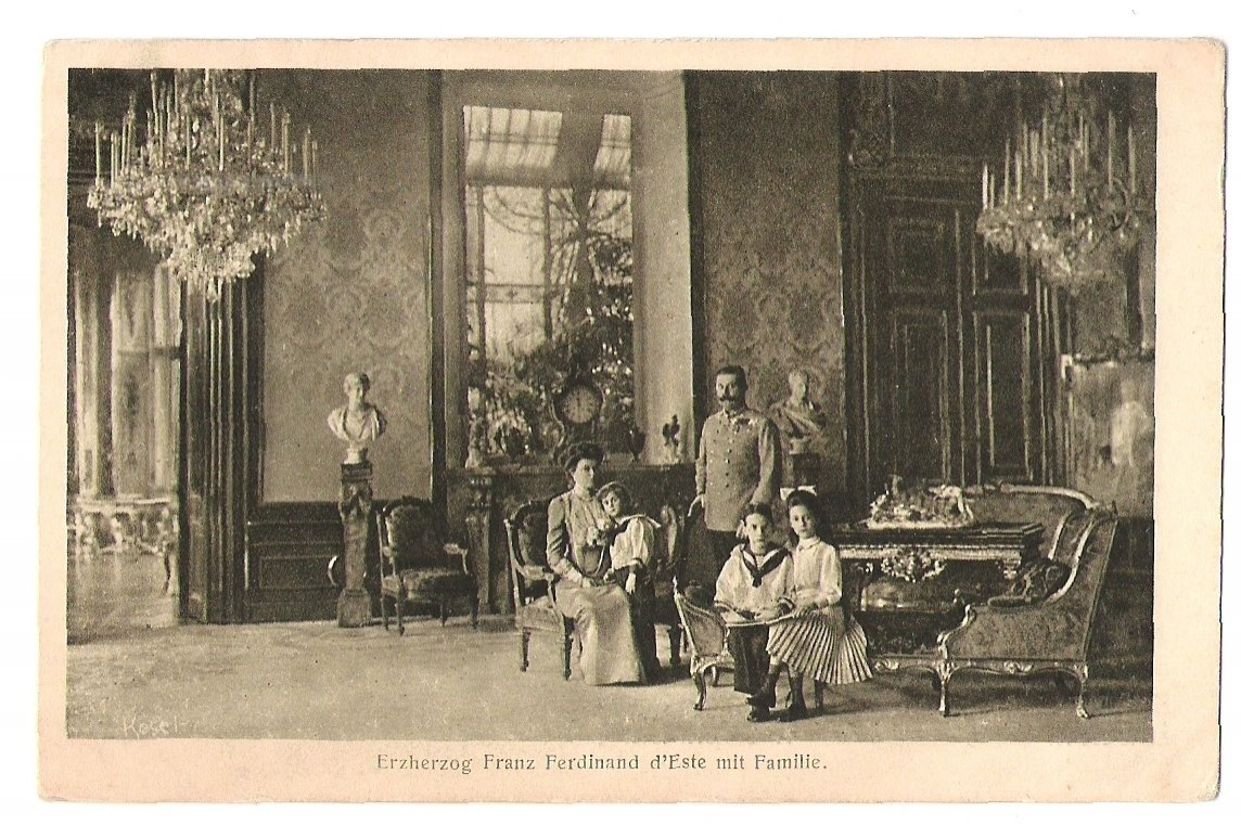 Franz Ferdinand d'Este with family
