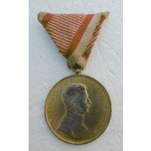Karel - medaile za statečnost / zlacená