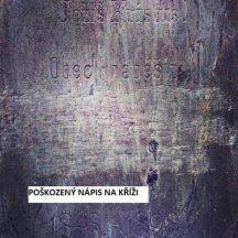 Hraběšín nápis na kříži