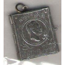 Miniaturní knížečka na které je Wilhelm II.