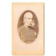 Starý Franz Josef v uniformě